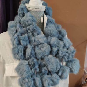 Cuello pelito azul