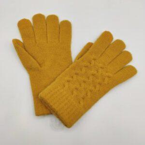 Guantes de lana color mostaza