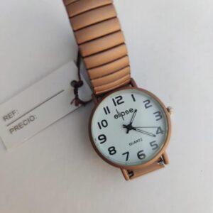 Reloj de chica marron