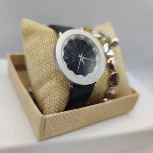 Conjunto de reloj y pulsera de chica