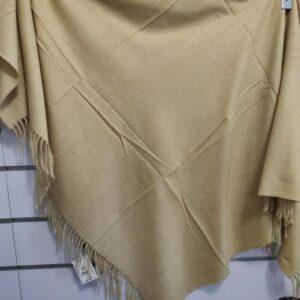 Bufanda manta en mostaza de señora