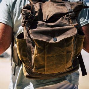 Bandoleras , mochilas , riñoneras ,bolsos de viaje y maletas