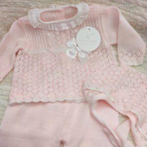 Traje bebe en rosa talla 3 meses